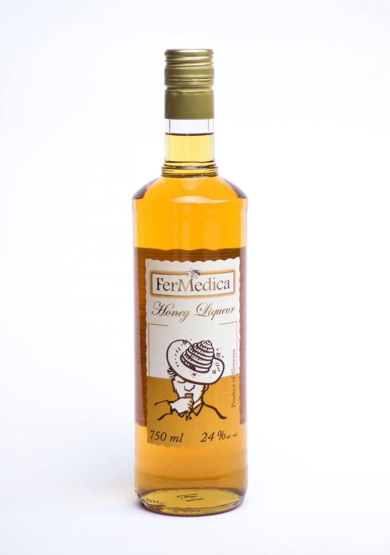 honey-liqueur-honey-brandy-fermedica-honeyliqueur-scaled